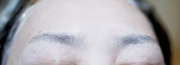 似合う眉毛に整える