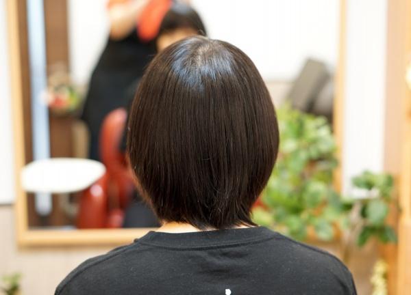 伸びた髪の毛